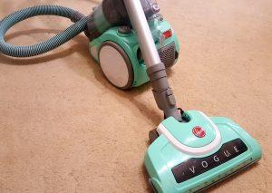 professional carpet cleaning dry soil vacuum